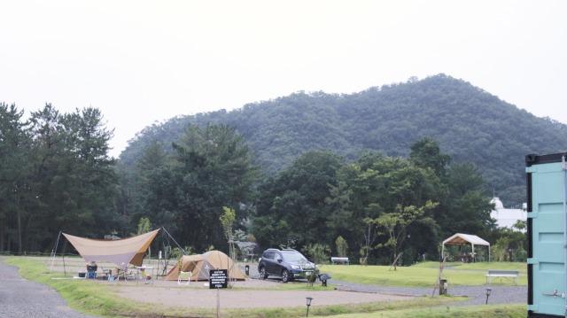 伊木山とスノーピークのテント
