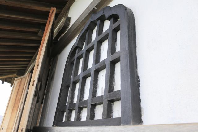 犬山城天守の華頭窓