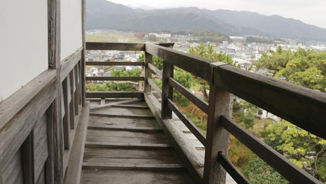 丸岡城の高欄